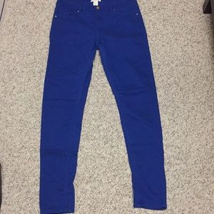 H&M Pants - New without tags! H&M straight legs Pants